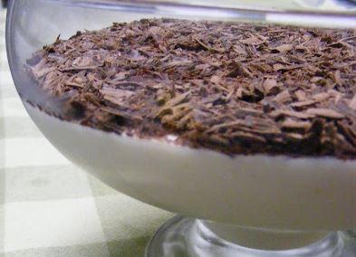 Mousse de Lima com Raspas de Chocolate