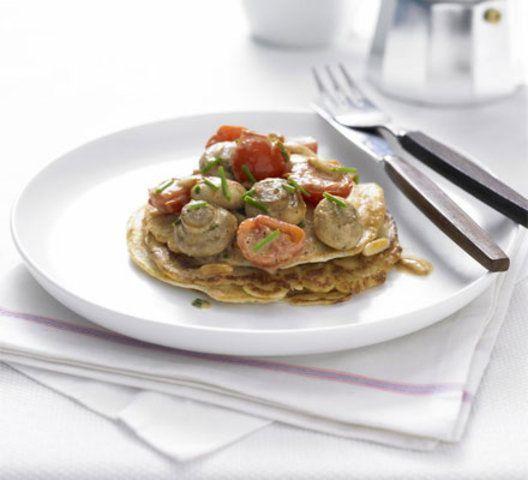 Panquecas vegetarianas de tomate e cogumelos