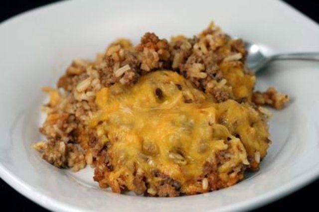 Carne moída com queijo e arroz