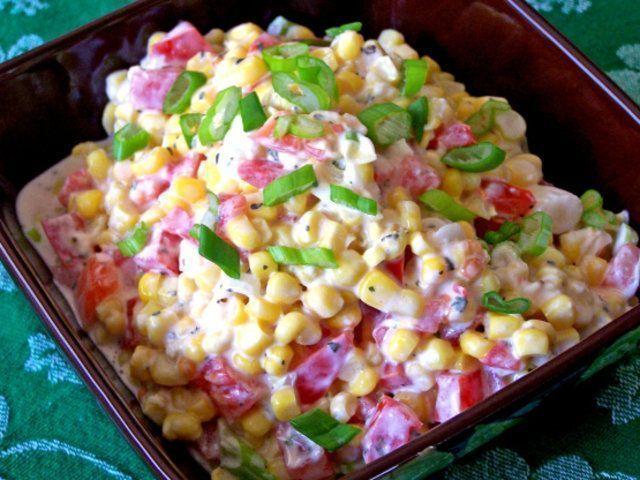 Salada cremosa de milho
