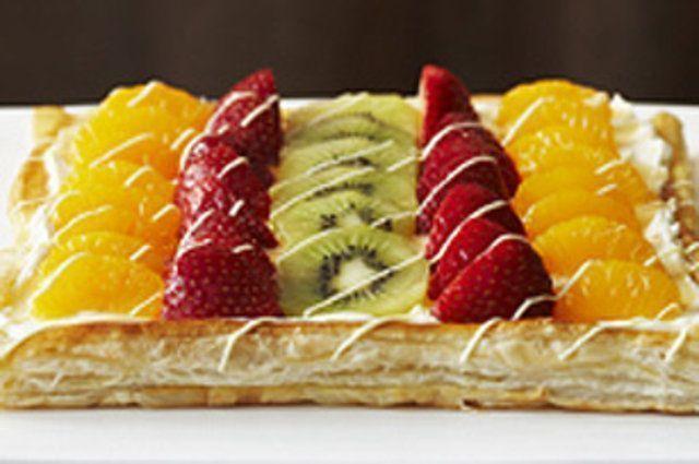Torta de frutas com pudim