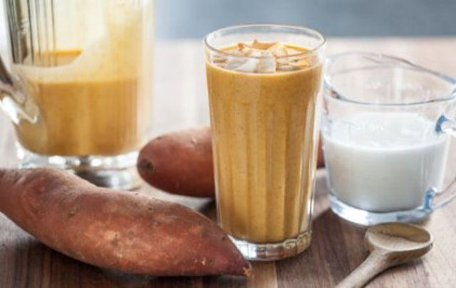 Vitamina de batata doce com coco