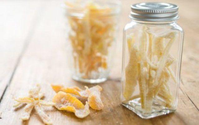 Cascas de laranja cristalizadas