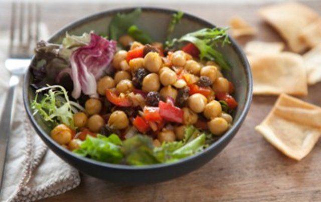 Salada de grão de bico com curry