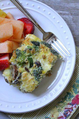 Torta de ovos com legumes e brie