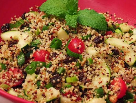 Salada de Quinoa com Pepino