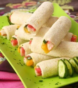 Sandíche rolinho com legumes