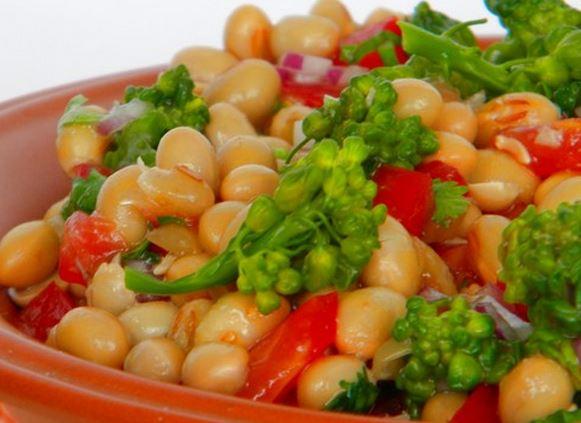 Salada de Brócolis com Soja