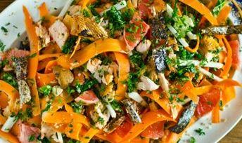 Salada de Salmão e quinoa