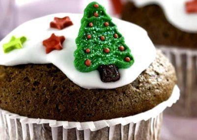 Cupcake de natal com chocolate e nozes