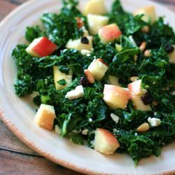 Salada de couve com maçã