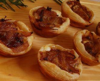 Tortinhas de Queijo de Cabra e Cebola Caramelizada