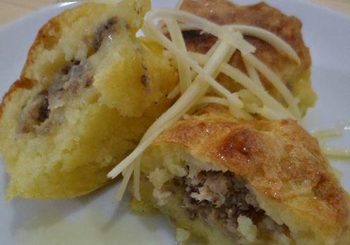 Bolinho de Batata, Queijo e Sardinha