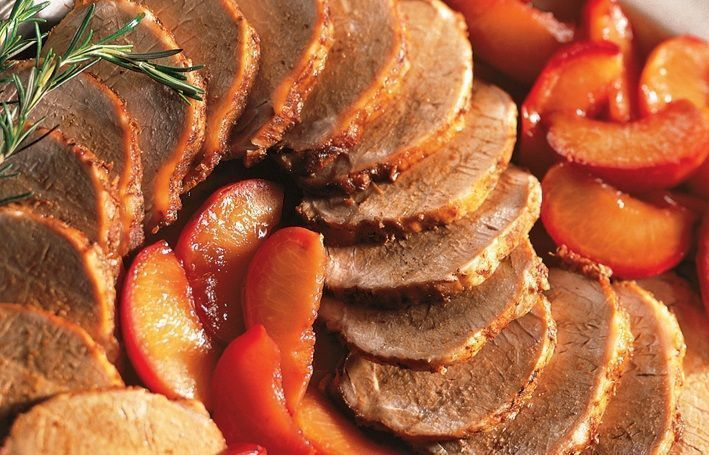 Lombo de porco com calda de ameixa