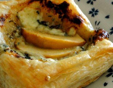 Tortinha de maçã com gorgonzola