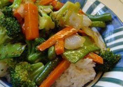 Stir-Fry de legumes com gengibre