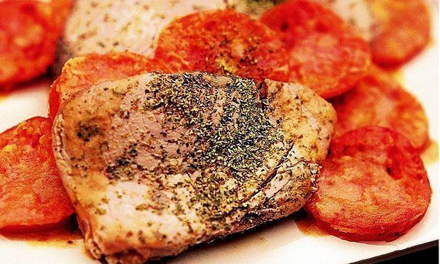 Atum com tomate frito