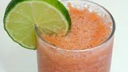 Suco de Goiaba com Limão