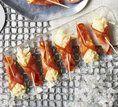 Canapés de salame com aipo e mostarda