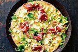 Pizza de Batata, presunto e couve de Bruxelas