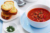 Sopa de tomate e feijão