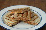Tortilhas de frango, queijo e pimentão