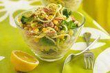 Salada de espaguete com atum e milho