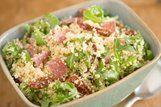 Salada de cuscus com tomate seco e salame