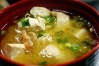 Sopa de Tofu com Molho de Soja
