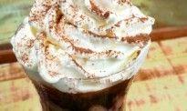 Café com Sorvete de Creme e Avelã