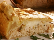 Empadão de Frango com Cream Cheese