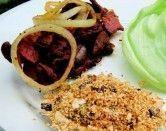 Isca de Figado com Bacon e Farofa