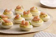 Ovos cozidos com camarão